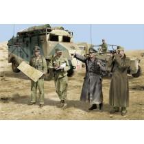 Dragon_6723_Rommel_et_Etat_Major_Afrique_42
