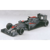 Ebbro_015_McLaren_Honda_MP4-30_Japon_2015