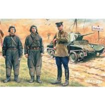 ICM_35181_Russische_Panzer_Besatzung_1939-1942_1-35