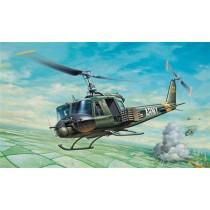 Italeri_040_UH-1B_Huey