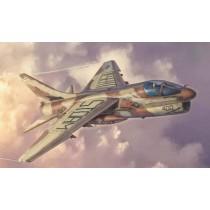 Italeri_2797_A-7E_Corsair_2