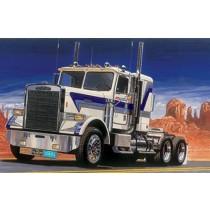Italeri_3859_Freightliner_FLC_1-24
