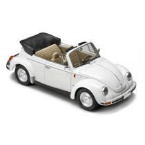 Italeri_I3709_VW_Coccinnelle_Cabriolet
