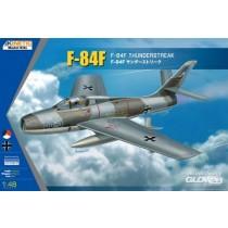 Kinetic_48068_F-84F_Thunderstreak_1-48