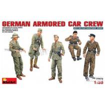 MiniArt_35072_German_Armored_Car_Crew_1-35