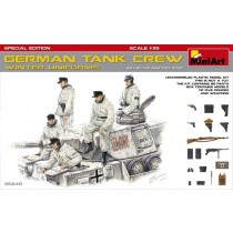 MiniArt_35249_German_Tank_Craw_Winter_Uniforms