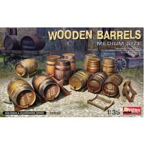 Miniart_35360_Wooden_Barrels_Medium_Size_1-35