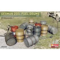 Miniart_35597_German_200L_Fuel_Drum_Set_WW2_1-35