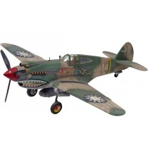 Revell-US-Monogram_15209_P-40B_Tiger_Shark