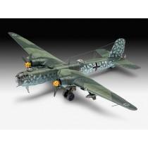 Revell_03913_Heinkel_He177_a-5_Greif