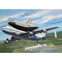Revell_04863_Space_Shuttle_Et_Boieing_747