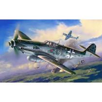 Revell_04888_Messerschmitt_BF109_G10_Erla_Budi_Hartmann