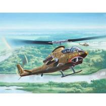 Revell_04956_Bell_AH-1G_Cobra