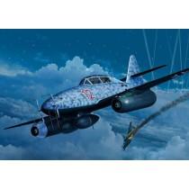 Revell_04995_Messerschmitt_ME262_B-1-U-1_Nightfighter