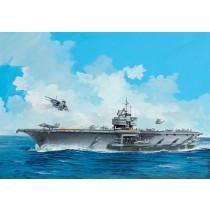 Revell_05156_porte_Avions_USS_Forrestal