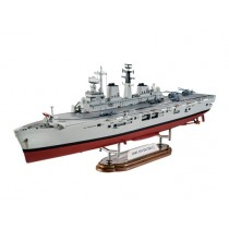 Revell_05172_HMS_Invincible