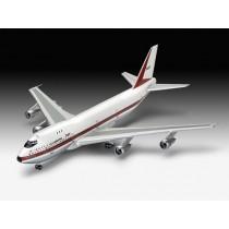 Revell_05686_Coffret_Cadeau_Boeing_747-10
