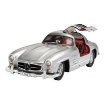 Revell_07657_Mercedes_Benz_300_SL_1-12