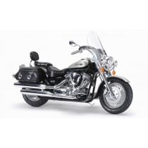 Tamiya_14135_Yamaha_XV1600_Road_Star_Custom