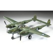 Tamiya_61120_Lockheed_P-38F-G_Lightning