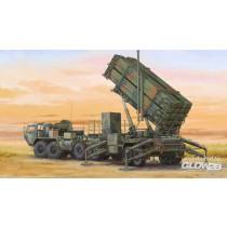 Trumpeter_07157_M983_HEMTT_M901_Launching_Station_of_MIM-104F_Patriot_SAM_System_1-72