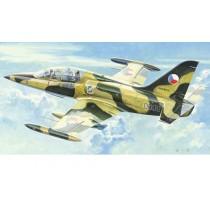 Trumpeter_L-59_Albatros