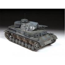 Zvezda_3641_Panzer_4_Ausf.E