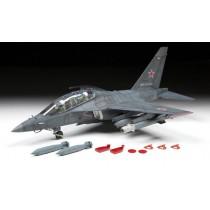 Zvezda_4818_Yak-130_Bomber_1-48